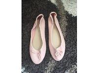 Ballet pumps size 6/39