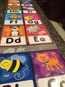 Lightly used peelable wall decals letters for kids Kingston Kingston Area image 2