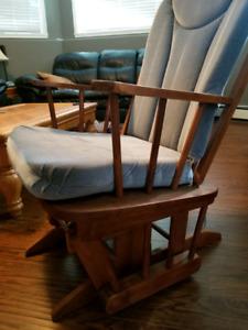 Rocking chair glider