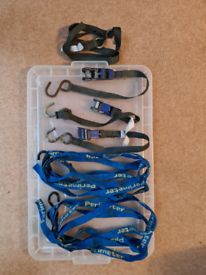 Ratchet straps suitable for boat / van / luggage transport