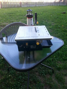 7. in.  Ceramic Tile Cutting Table Saw