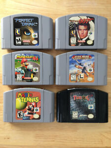 LOT DE JEUX N64 / RUMBLE PACK / SNES GAME LOT