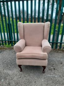 Nice & comfy Armchair (delivery available