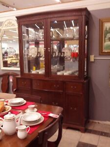 Sideboard - China Cabinet