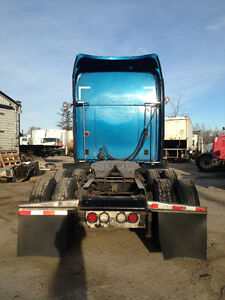 2006 KENWORTH T2000 - PARTING OUT Peterborough Peterborough Area image 3