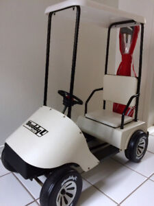 Kids Golf Cart Pedal Car w Clubs - Awesome Condition!
