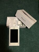 iPhone 5 32GB - Bell with 3 cases.  Act fast; it won't last