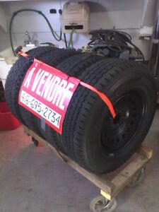 Pneus Blizzak Bridgestone LT245/70R17