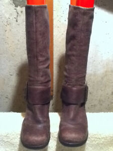 Women's Faith Leather Tall Boots Size 6.5 London Ontario image 4