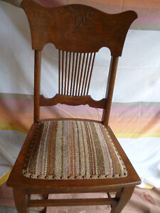 Oak Clawfoot table & 5 chairs Kawartha Lakes Peterborough Area image 3