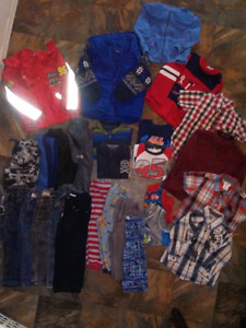 Reduced!!Toddler lot size 2/3
