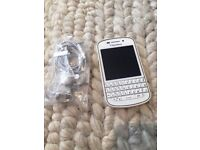 Blackberry Q10 in excellent condition