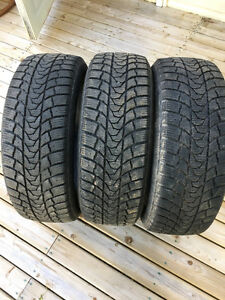 3 minerva ecostud tires  lots of tread