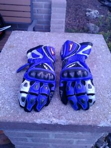 TEKNIC MOTORCYCLE GLOVES BLUE AND WHITE