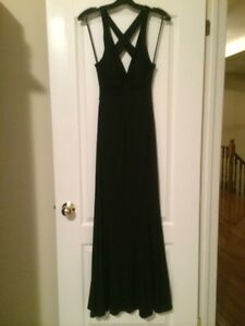Lady's long black dress perfect for grad & formals new with tags Oakville / Halton Region Toronto (GTA) image 3
