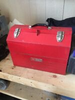 Great solid toolbox. Craftsman