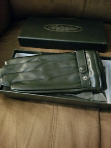 His and Hers Leather Gloves Set (Antonio Collection)