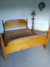 King-size Honey Pine Bed