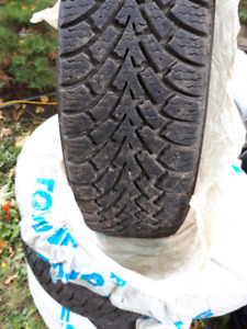 4 winter tires GOODYEAR 215/60r16 (bought in 2017)