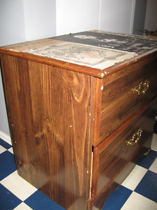 NIGHT TABLE W 2 DRAWERS