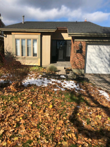 3br stoney creek mountain with pool
