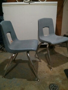Old classroom chairs 2 London Ontario image 2