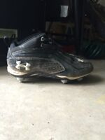 Under Armour football cleats-size 9