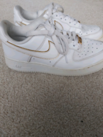 Nike air force 1 size 5