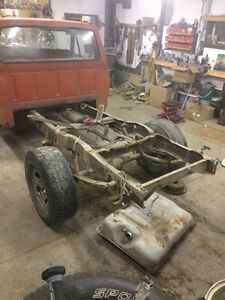 Rear Axle (Dana 44) from 1977 Ford F100 - 2.72 Gearing