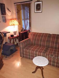 3 et demi semi meublé à louer 320 $/mois