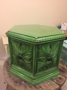 Charming Green Coffee Table
