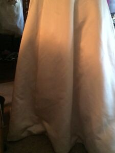 gold wedding dress size 10 Peterborough Peterborough Area image 2