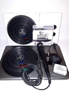 DJ Hero 2 Party Pack For The Playstation 3 - 2 Decks - Mic
