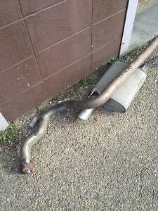 Factory 2005-2009 Mustang GT exhaust