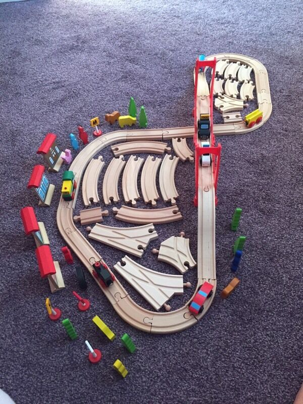Wooden train track with accessoriesin Hartlepool, County DurhamGumtree - Wooden train track in excellent condition, comes with lots of accessories, trains, shops, traffic signs, people, trees