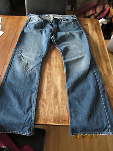 NEW - American Eagle Jeans (Low Rise Boot Cut Size 34/32)