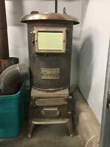Antique Heating/Cooking Stove
