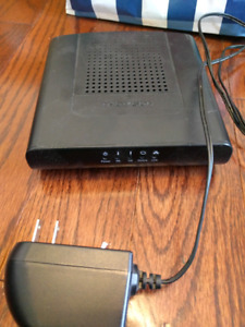 Thompson routeur wifi// wifi router: DCM475