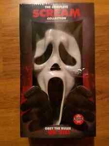 Scream the complete collection with collectible mask Kawartha Lakes Peterborough Area image 1