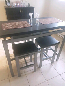 Pub height dinning table