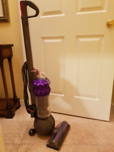 1 Year old, Dyson DC51 Vacuum Cleaner, used only four times!