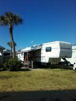Fifthwhell 33' kountry Star en Floride