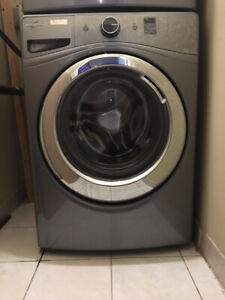 Selling WHIRLPOOL Washer and Dryer