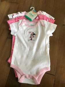 BRAND NEW WITH TAGS DISNEY 0-3 MONTHS ONESIES (3 PACK)
