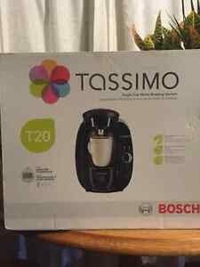 Tassimo coffee maker and free T-discs