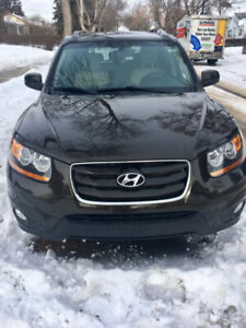2011 Hyundai Santa Fe - Perfect Condition