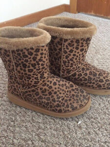 New leopard boots