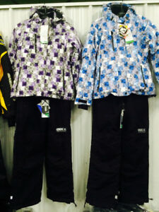 Womens Medium snow suits!