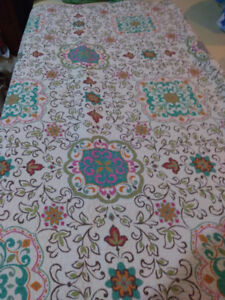 2 twin quilt sets with matching sham