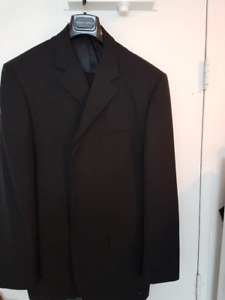 ZEGNA BLACK LABEL MENS SUIT